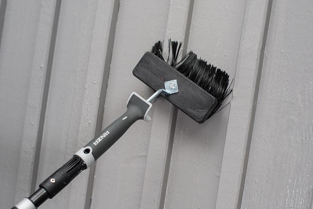 Tvätta av fasaden.