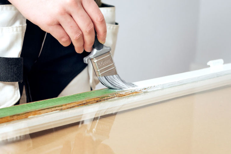 grundmåla innan måla fönster