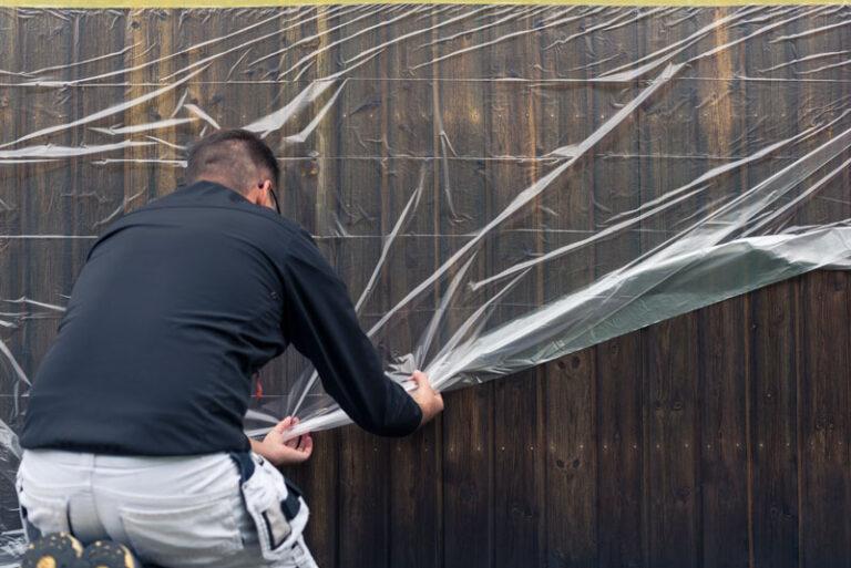Skydda altanen med täckplast