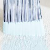 Platinum snedställd lackpensel med färg